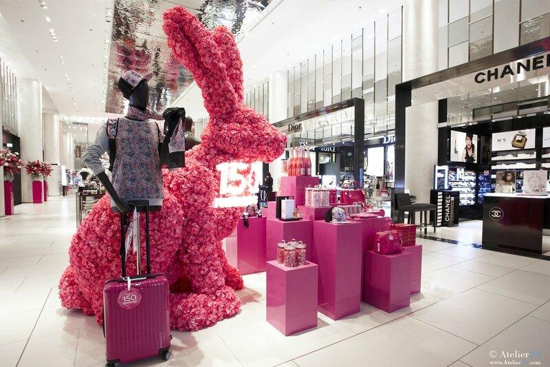 Cr ation de sculptures d 39 animaux g ants en polystyr ne et fleurs artifici - Fleurs artificielles paris magasin ...