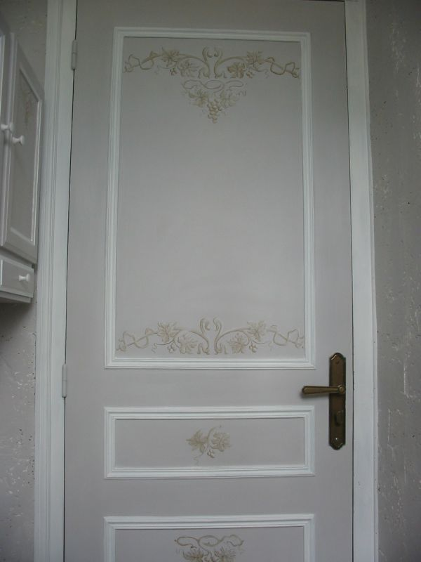 Decoration porte interieur peinture id es de conception son - Decoration porte interieur ...