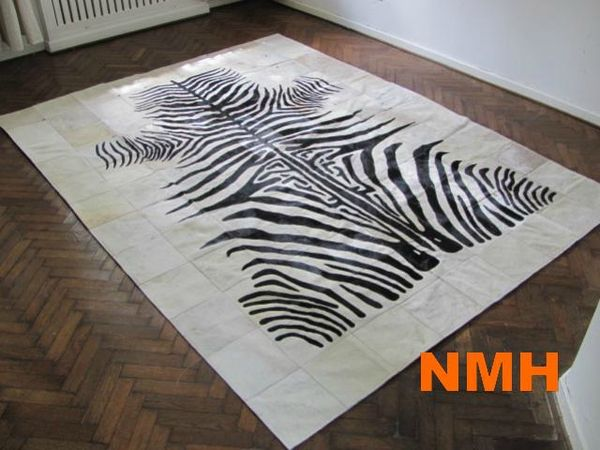 tapis peau de vache noir et blanc