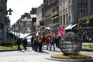 Avranches 1er mai 2012 rassemblement intersyndical défilé rue constitution