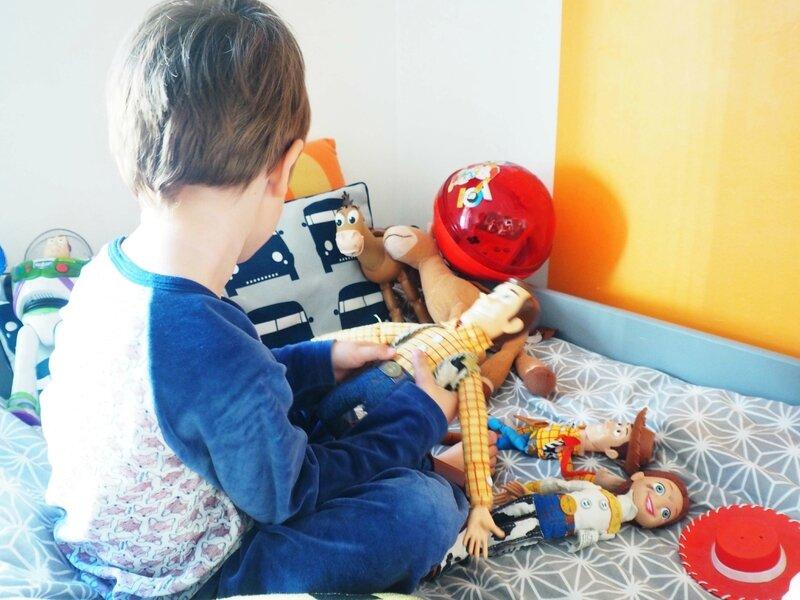8-woody-jessie-toys-story-ma-rue-bric-a-brac
