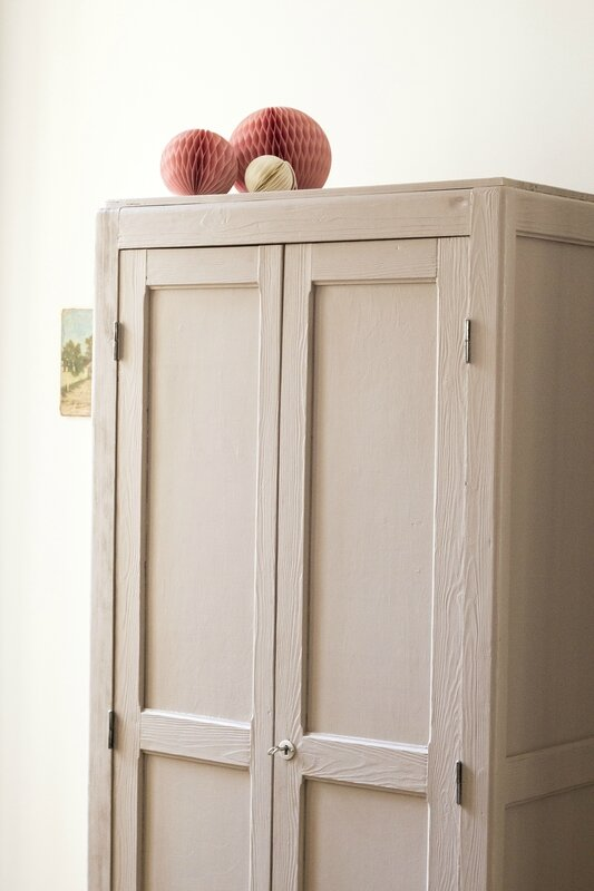 Armoire parisienne dead salmon farrow & ball TRENDY LITTLE 7