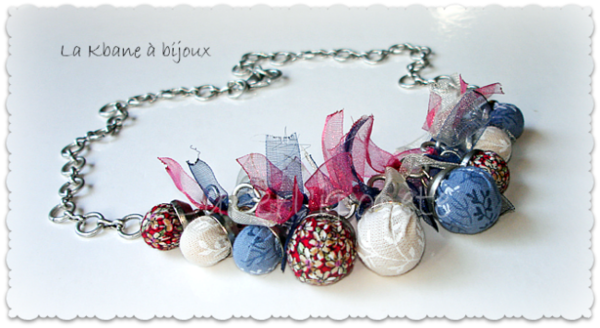 collier bleu blanc rouge2