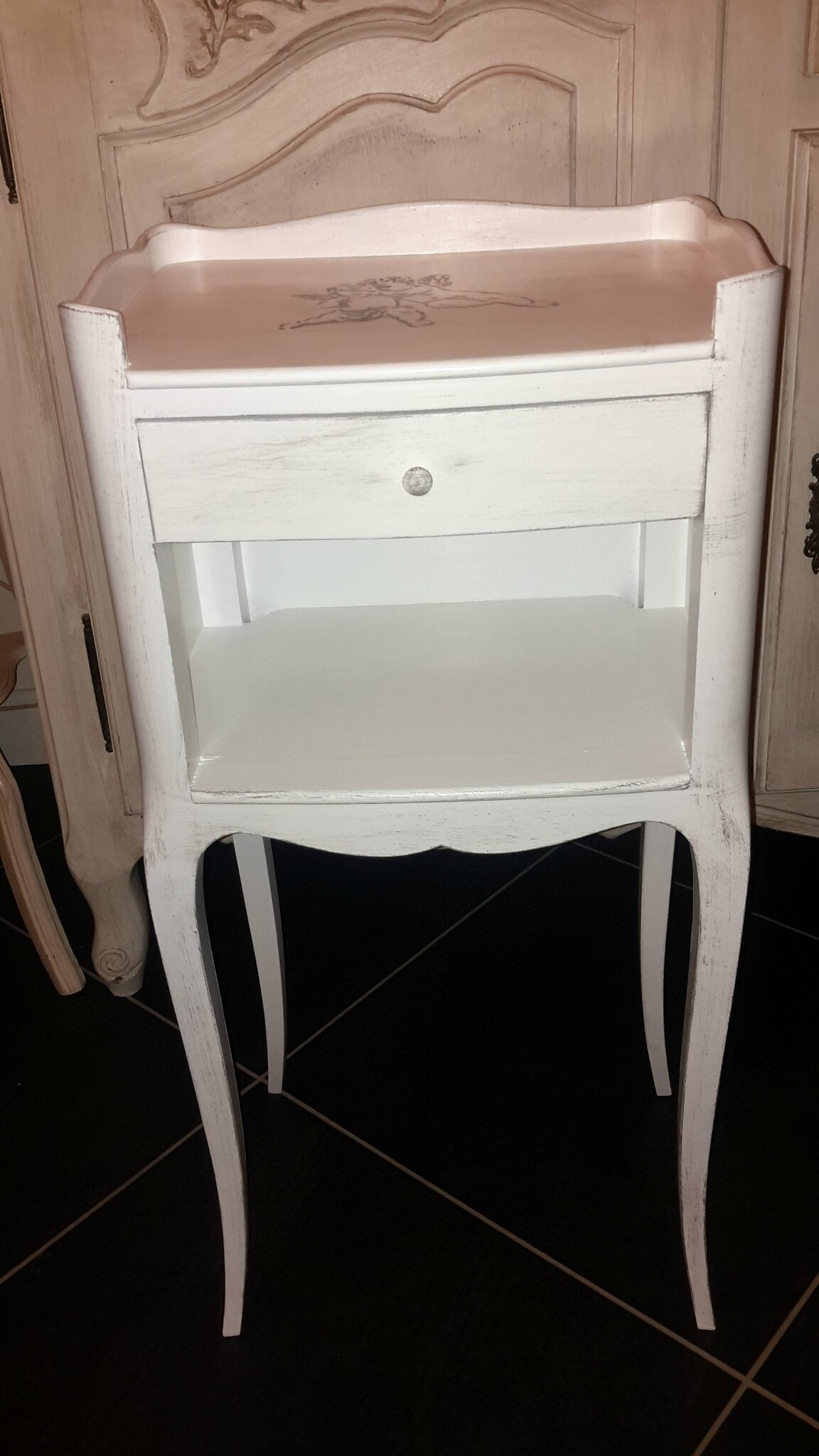 meubles patin s esprit shabby chic campagne chic atelier guernouillat. Black Bedroom Furniture Sets. Home Design Ideas
