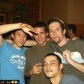 Alex, Jay and Co pendant le set de Surfing Leons