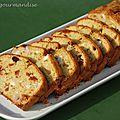 Cake poulet, tomates séchées et pesto