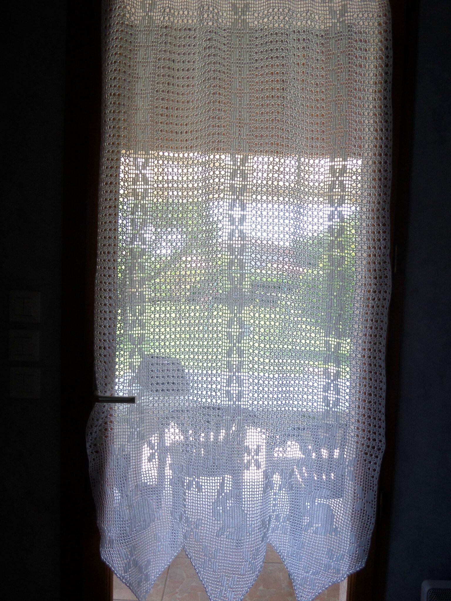 des rideaux au crochet mes passions. Black Bedroom Furniture Sets. Home Design Ideas