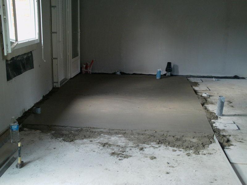 d but de la chape int rieure construction de ma maison. Black Bedroom Furniture Sets. Home Design Ideas