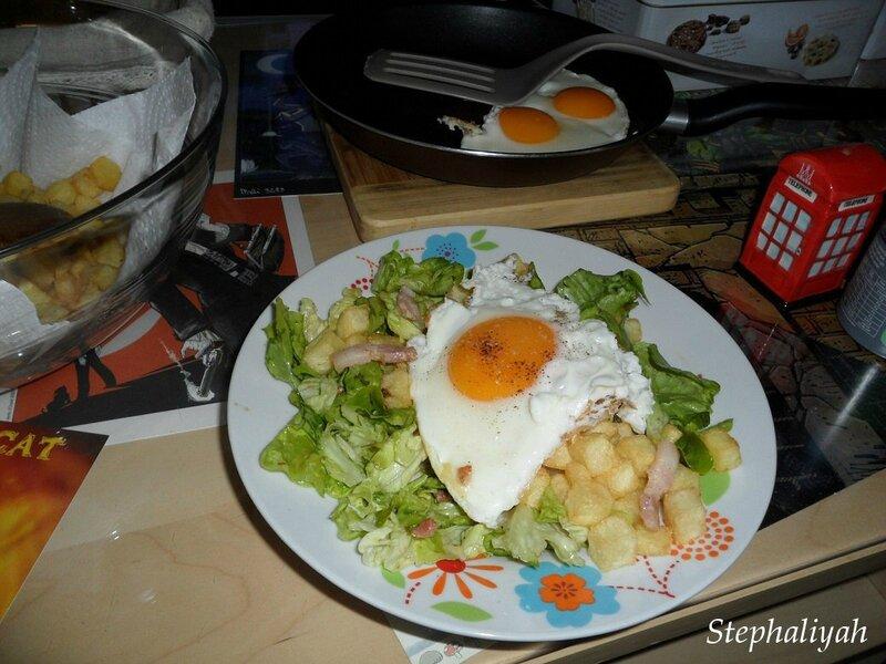 Salade verte oeufs au plat lardons pommes cubes -- 15 mai 2015