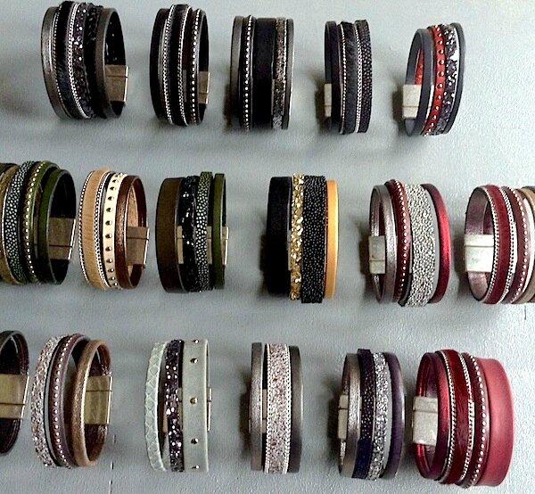 bracelet manchette tous les messages sur bracelet manchette zaza paris bijoux. Black Bedroom Furniture Sets. Home Design Ideas