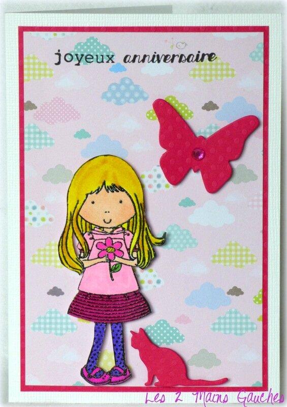 carte d'anniversaire avec fillette blonde et chaton
