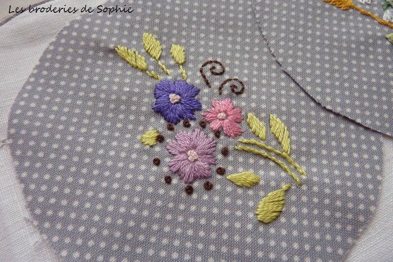 Broches brodées (7)