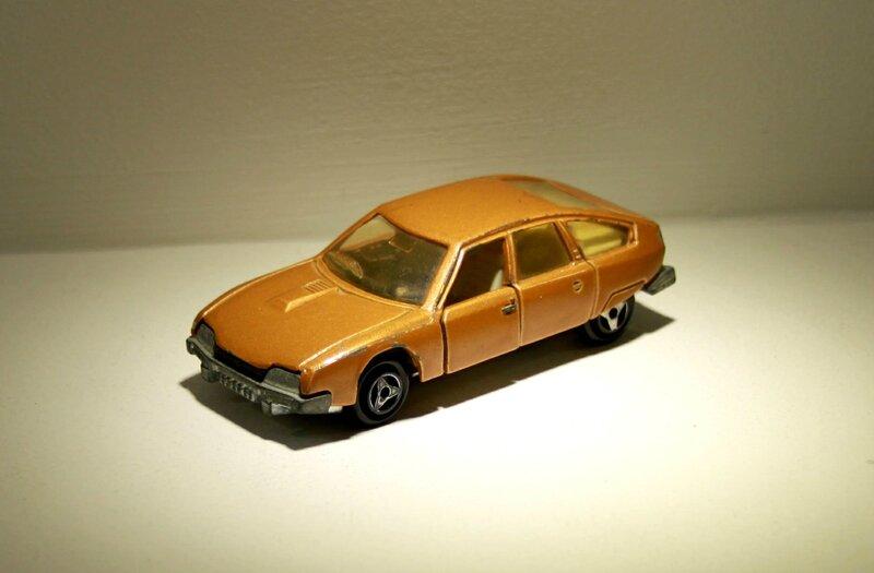 Citroen CX (Majorette) 01