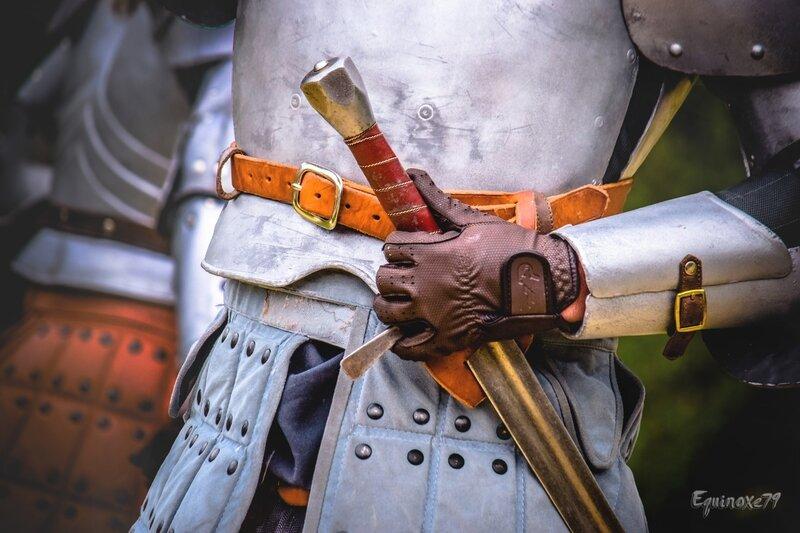 Phystorique histoire l'épée dans le temps Grecs, romains, carolingiens, Vikings, Excalibur, chevaliers puy du fou (2)
