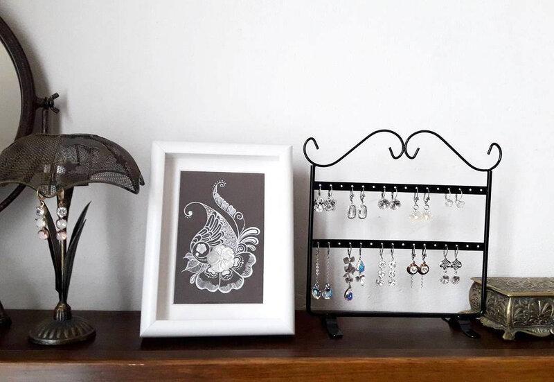 bijoux-mariage-atelier-show-room-bijoux-intemporels-cadre-dessin-pralinette