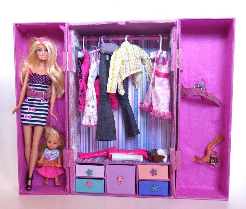 mallette de transport barbie loisirandra. Black Bedroom Furniture Sets. Home Design Ideas