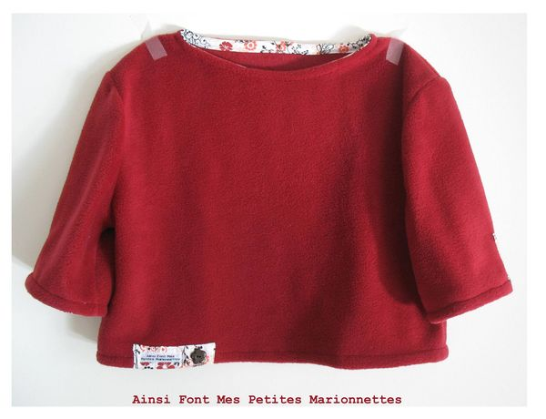 mini pull polaire rouge 1