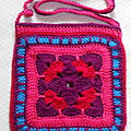 Sac fuschia au crochet