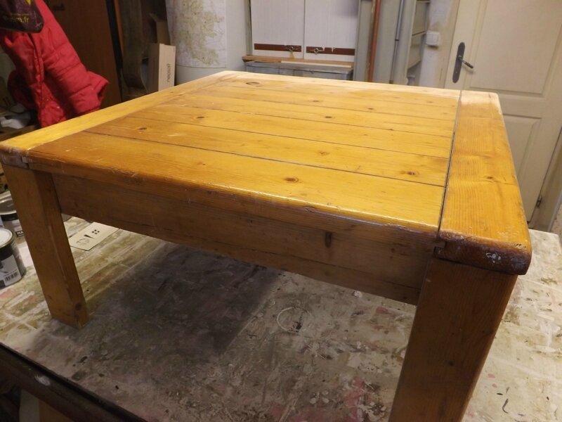 TABLE SALON (1)