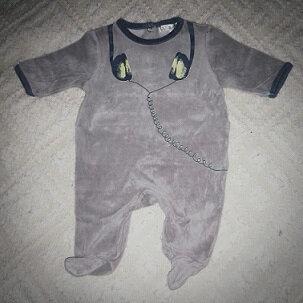 *Pyjama casque audio, 3 mois