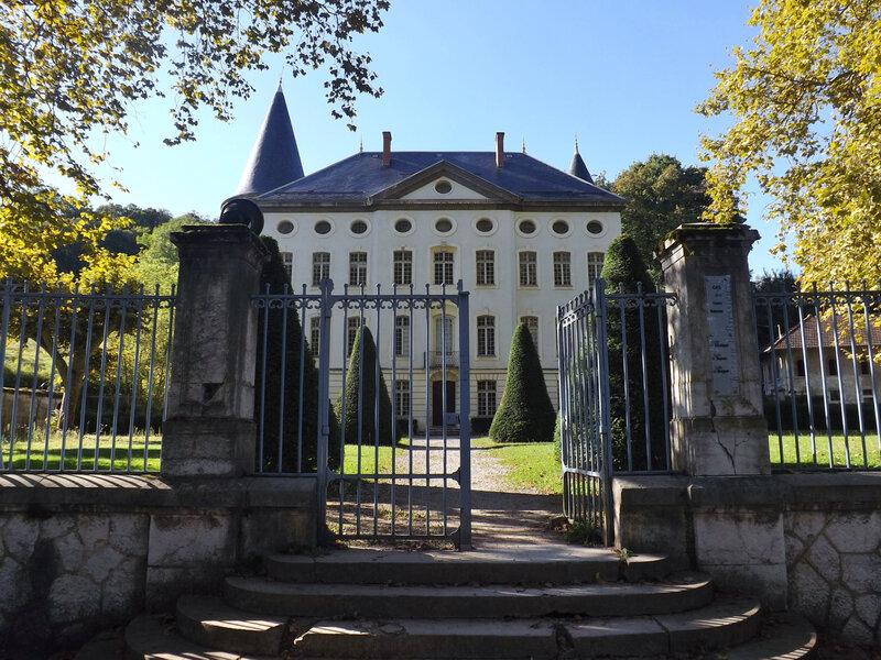 Château_de_Bressieux_et_portail_(Bassens)