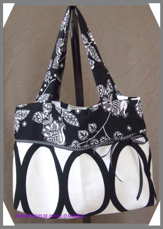 petit sac noir et blanc