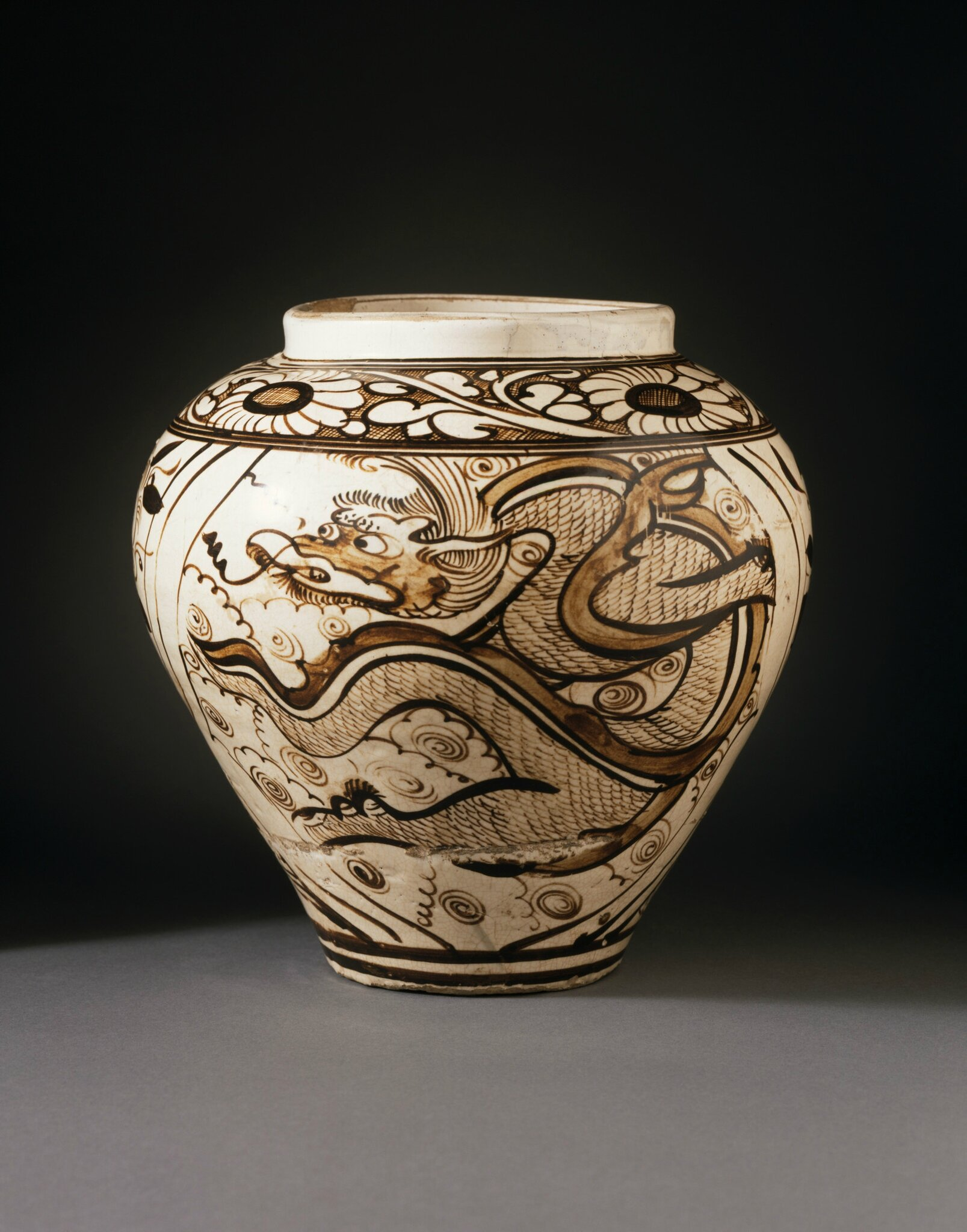 Jar (Ping) with Dragon and Clouds, Yuan dynasty, 1279-1368