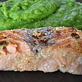 Saumon mariné et purée de petits pois au wasabi