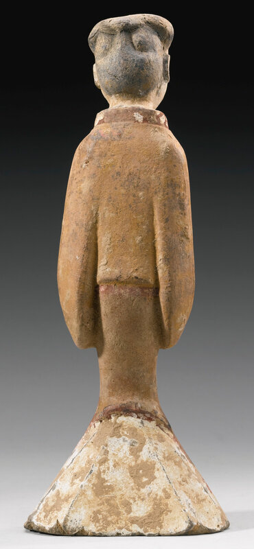 A painted gray pottery figure of a female attendant, han dynasty3