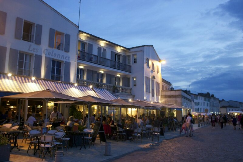 Saint-Martin by night