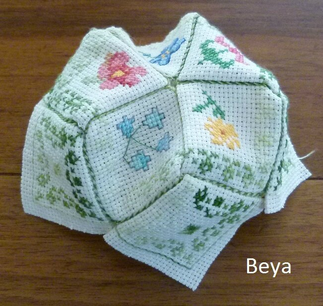 biscornu printemps_beya_6 monté
