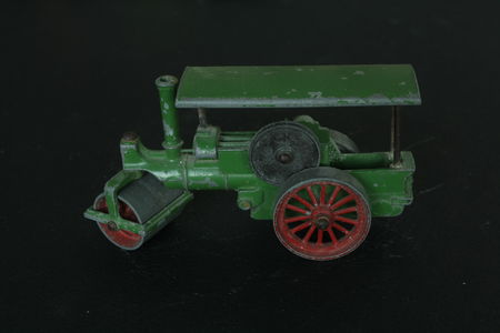 11_Aveling_and_Porter_road_roller_01