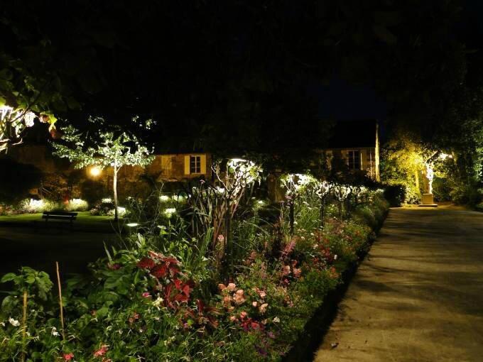 Coutances_Jardin_des_Plantes_-4_-_WM