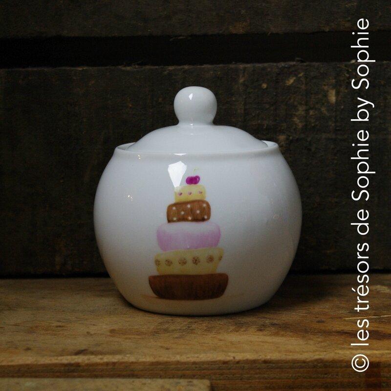 Porcelaine peinte à la main sucrier gourmandises © les trésors de Sophie by Sophie