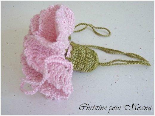 Oeillet crocheté (de Christine)