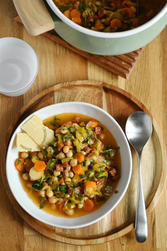 Soupe pois chiches, poireau, carotte & chorizo_1