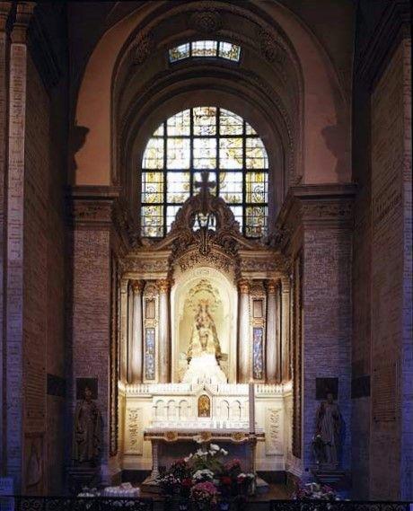 Rennes, Basilique Saint Sauveur, la Chapelle de Notre Dame des Miracles et Vertus