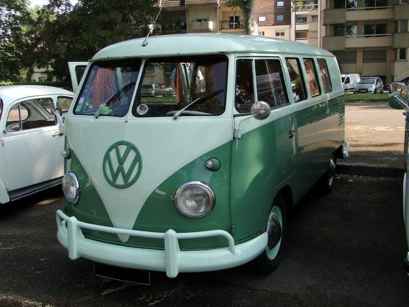 volkswagen combi t2 microbus 1950 1967 retrorencard. Black Bedroom Furniture Sets. Home Design Ideas