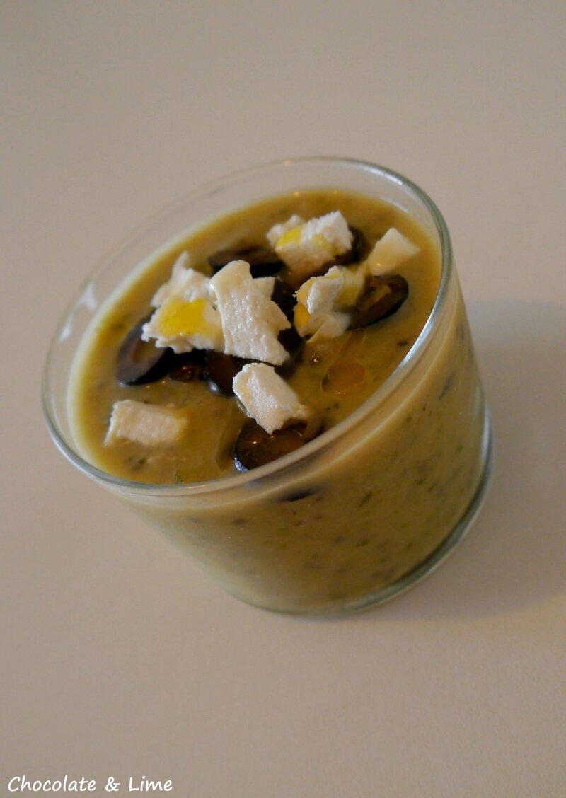Soupe_glacée_courgettes_olives_chèvre2