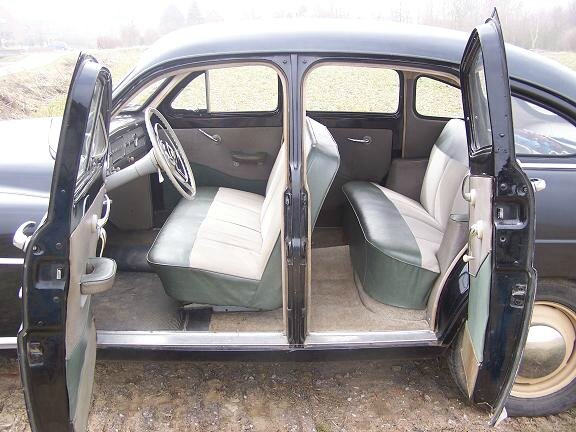 ford_vedette_interieur
