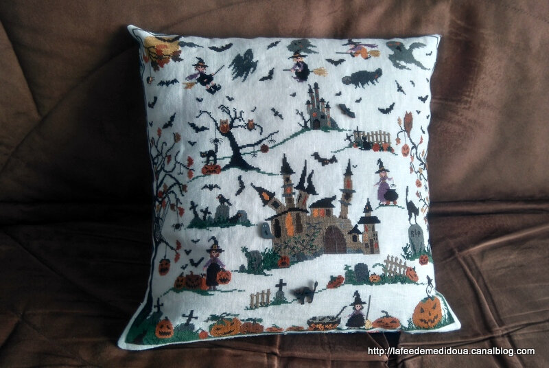 Coussin-halloween-face