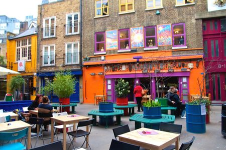 Londres___Neals_Yard_1
