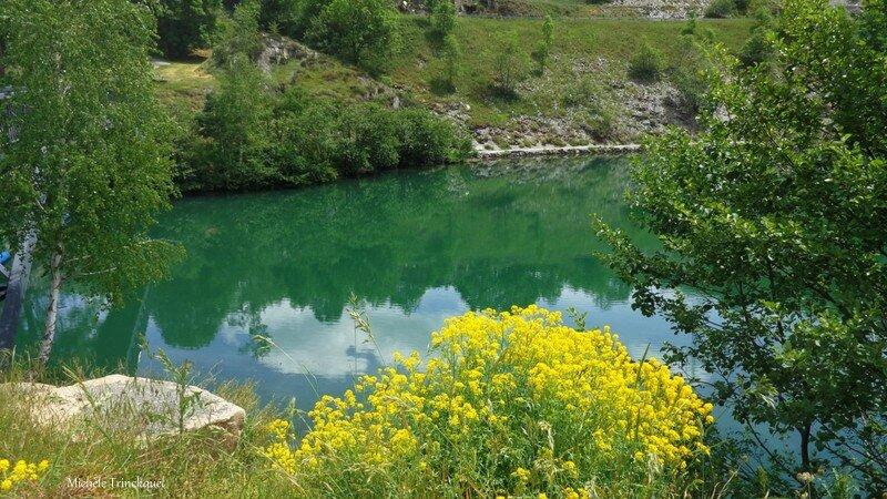 Lac Genos 09061673