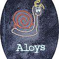 aloys escargot fond bleu foncé