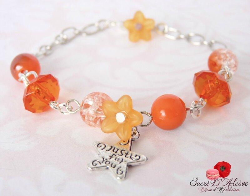 Bracelet fantaisie fillette perles oranges (1)