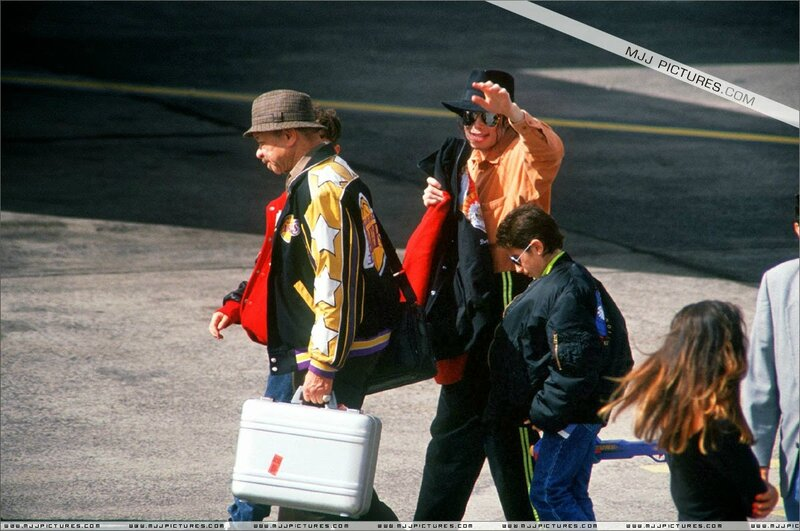 Michael Jackson in Tenerife Spain 1993 (8)