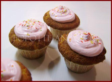 pink_cupcakes_2