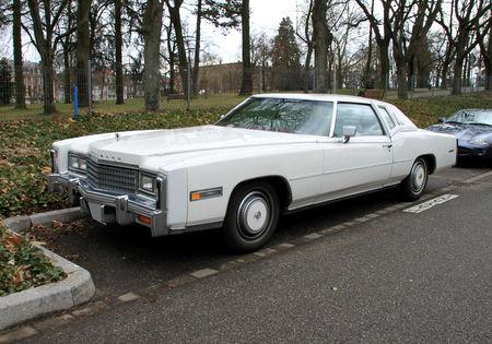 Cadillac_eldorado_coup__Biarritz_de_1978__Rencard_de_Haguenau_mars_2010__01