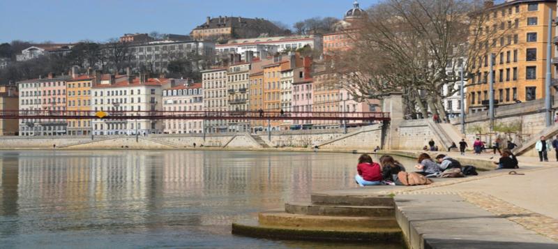 Lyon-quais-de-saone