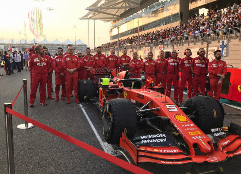 2019-Abu Dhabi-SF90-Staff Vettel